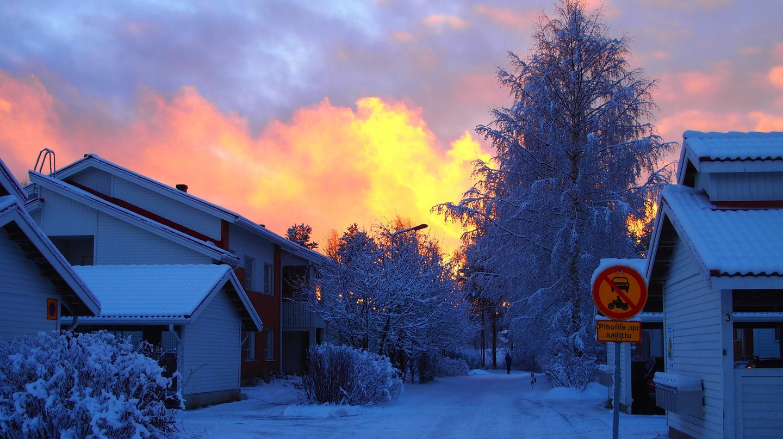 Finnish street during winter / Sarari1123 / Pixabay