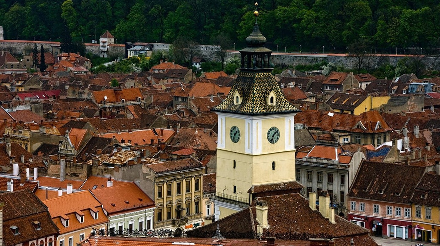 Brasov City Council Tower I © Horia Varlan / Flickr