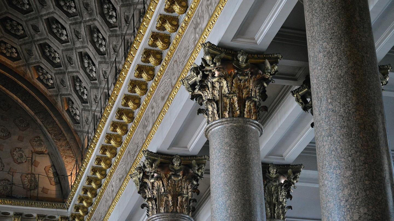 Inside the Kazan Cathedral   © quinntheislander/ Pixabay