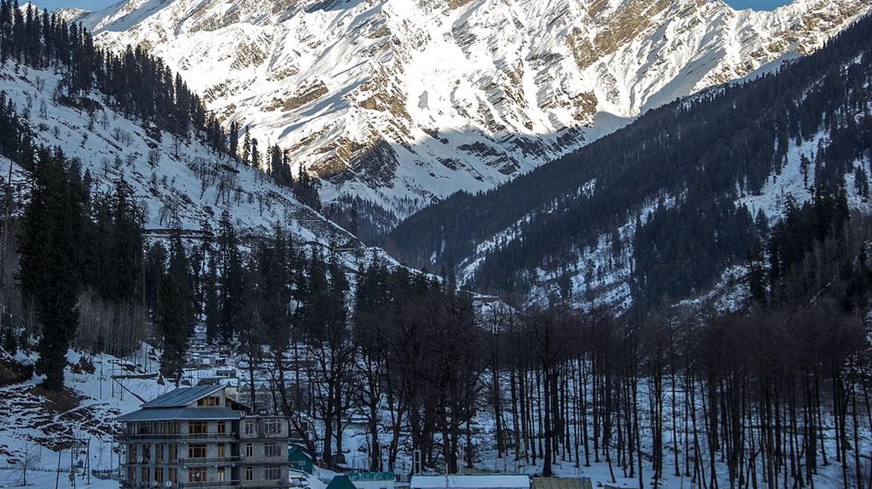 Manali in winter | © Shameer Thajudeen / Wikimedia Commons