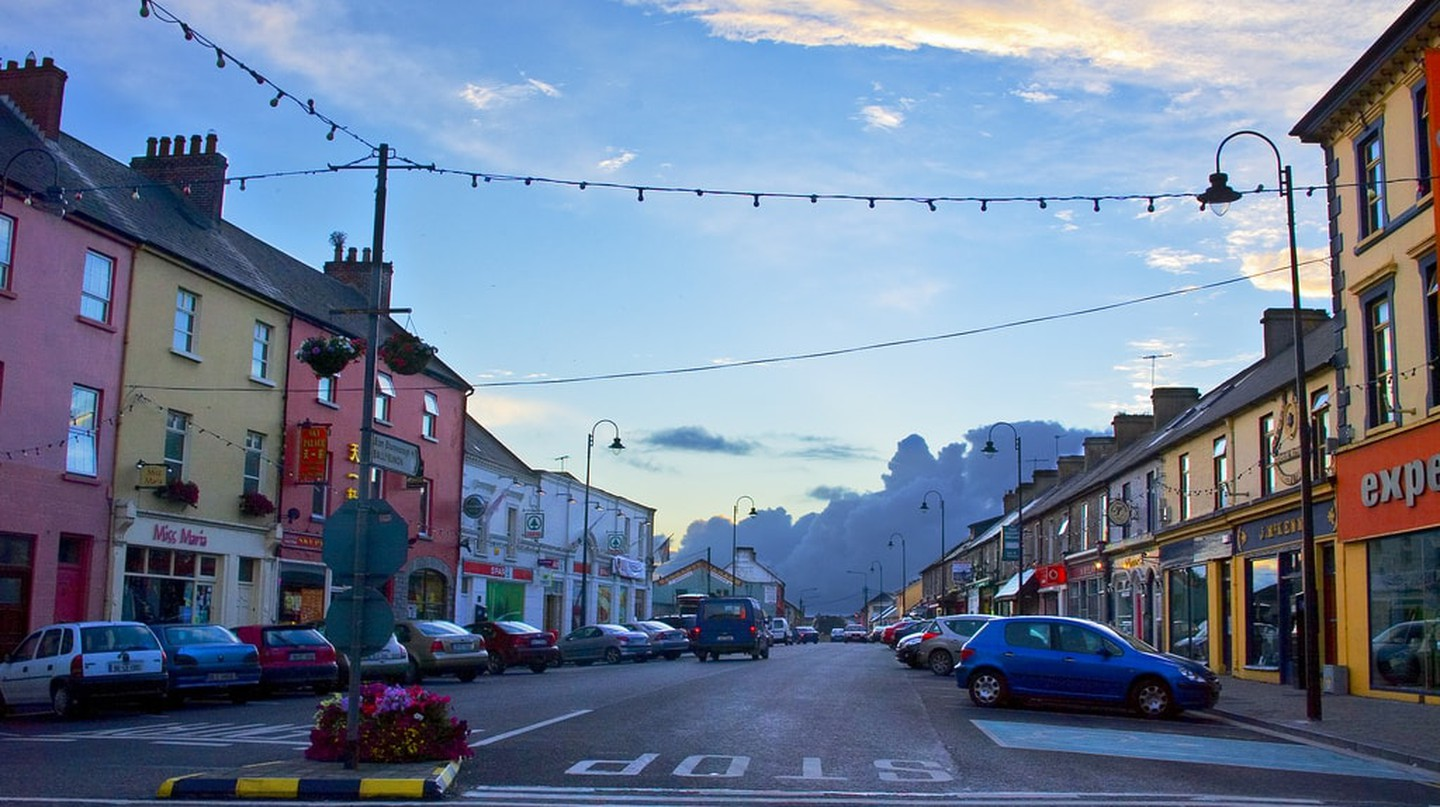 Market Street, Listowel | © Paul Woods/ Flickr