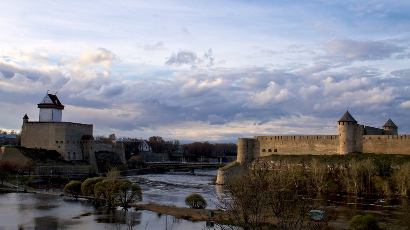 Narva and Ivangorod fortresses | © Tony Bowden/Flickr