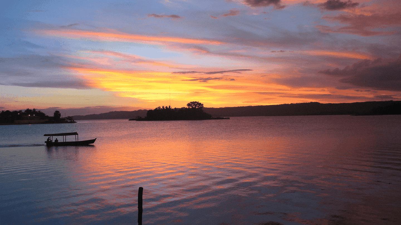 Flores, Guatemala © Sual Adereth / Flickr