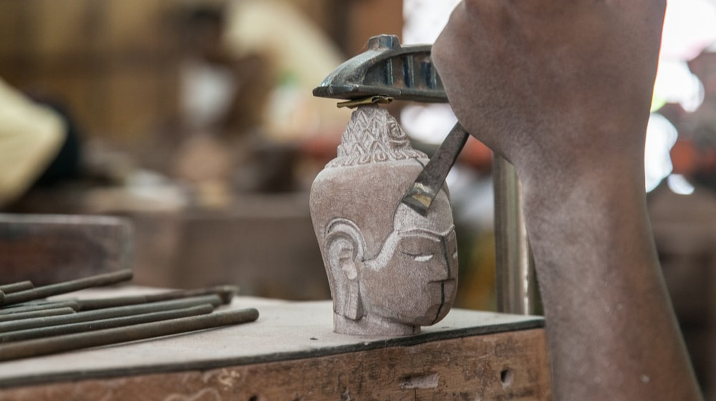 Stone carving | © stocktributor /  Shutterstock