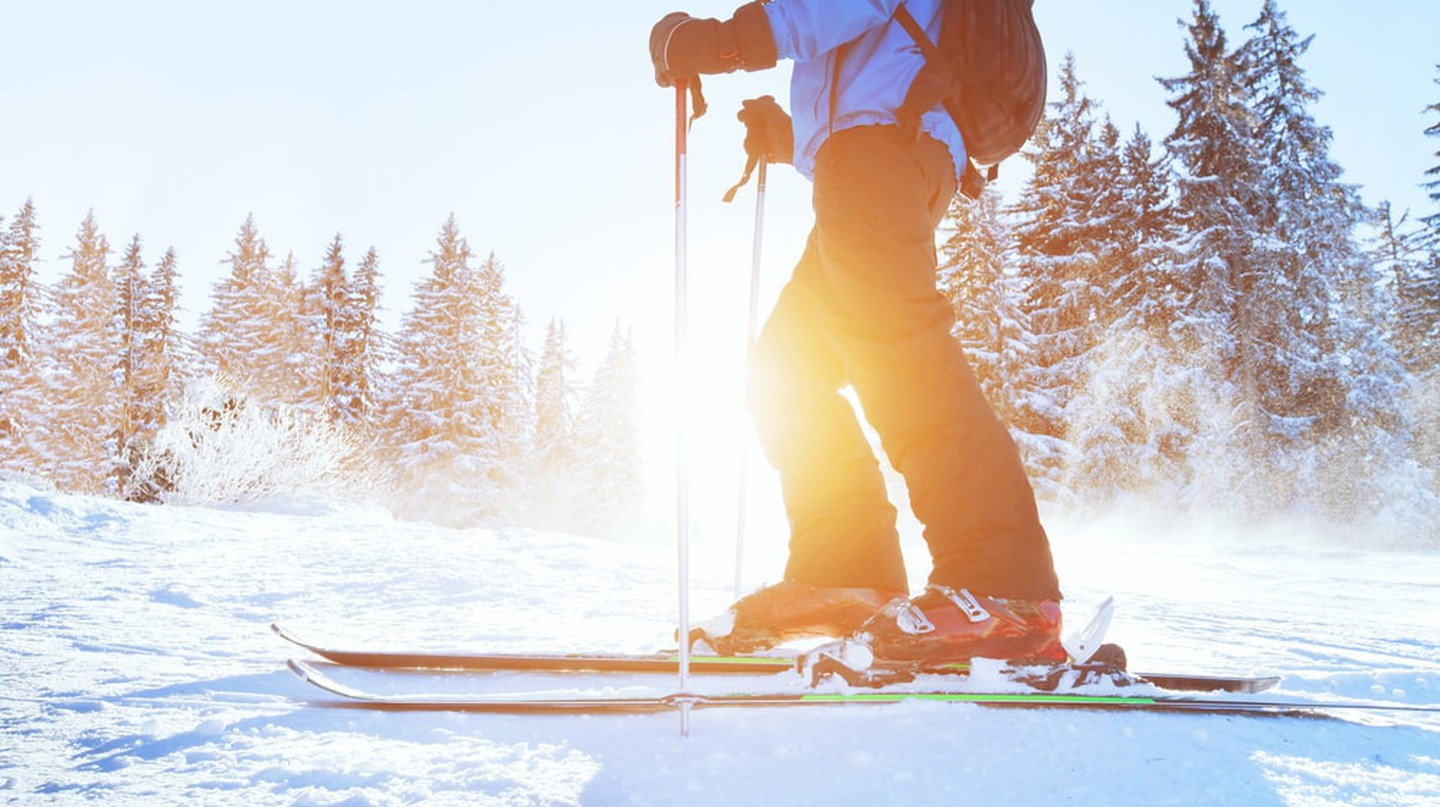 Skier|© Ditty_about_summer/Shutterstock