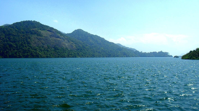 Thenmala Dam | © Arunvrparavur / Wikimedia Commons