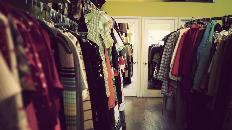 Vintage Clothes Shop | © ashton/Flickr