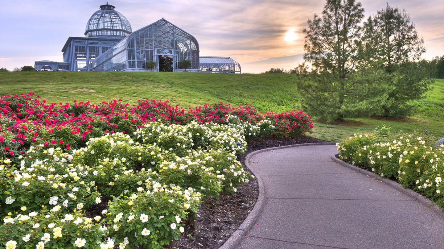 Conservatory and Rose Garden at Lewis Ginter Botanical Garden | Courtesy of Lew Ginter Botanical Garden, photo credit: Don Williamson