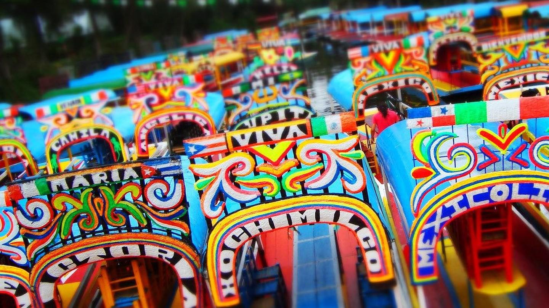 Mexico City's Xochmilco canals / flickr | © Alejandro