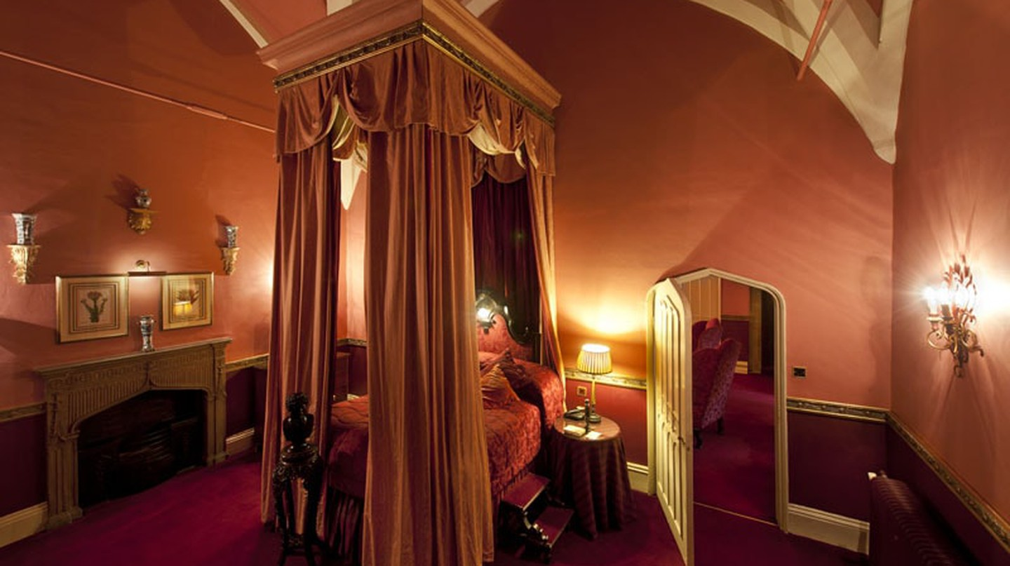 The King James Suite with its 20ft Queen Anne Four Poster Bed   Courtesy of Lumley Castle