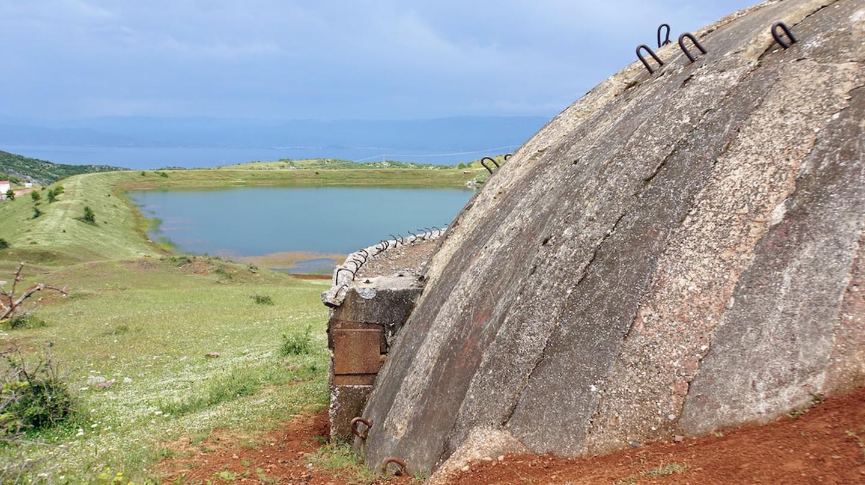 Albanian Bunker | © Dennis Jarvis/Flickr