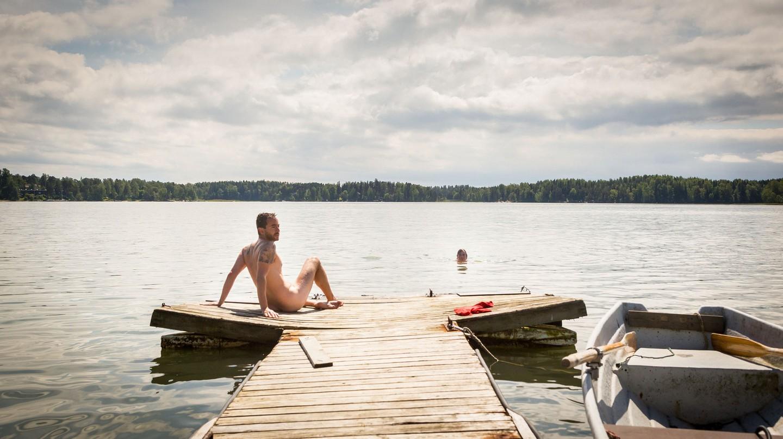 Skinny dipping in Finland |© Ville Hyvönen / Flickr