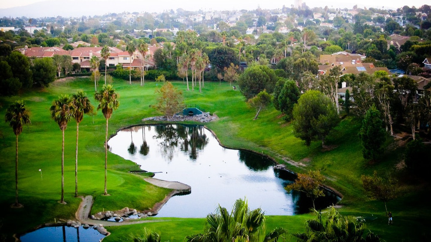 Manhattan Beach Golf Course |
