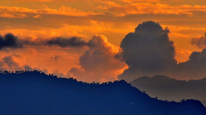 Sunset view from Gangtok, Sikkim  © Abhijit Kar Gupta / Flickr