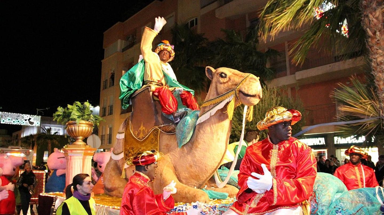 Cabalgata de los Reyes Magos, Spain | ©Ayuntamiento Roquetas de Mar / Flickr