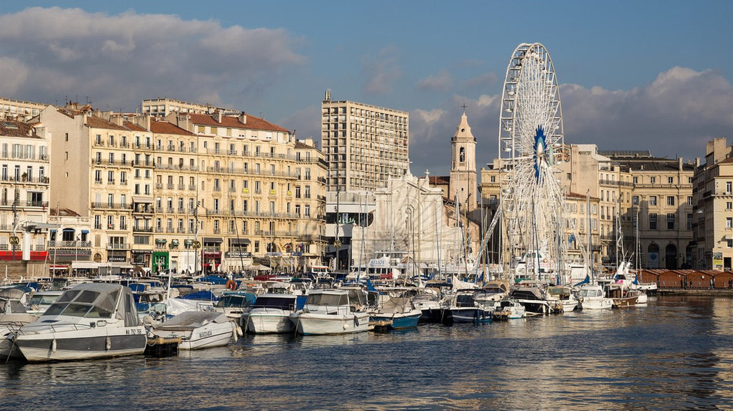 The Canebière in Marseille ends at the Old Port | © unokorno/Flickr