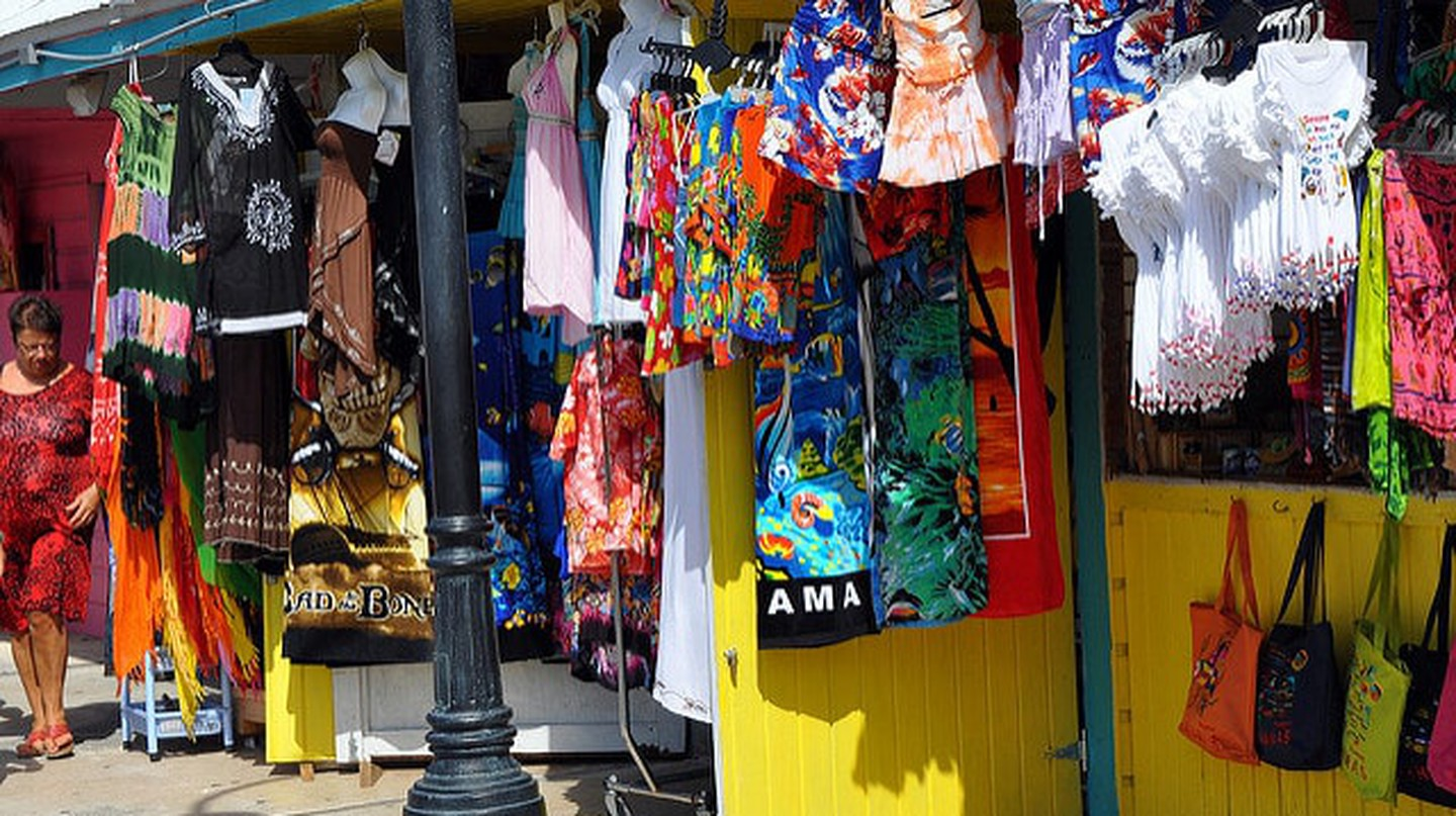 Bahamas 12 Market | ©  Christopher Connell/Flickr
