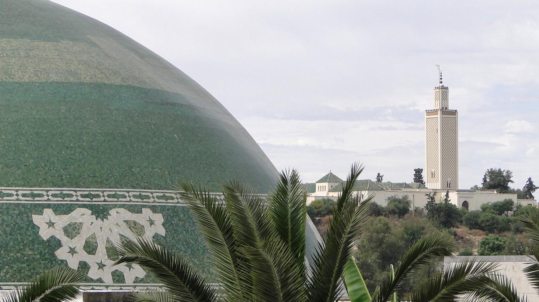 Views across mosques in Meknes, Morocco | © Adam Jones / Flickr