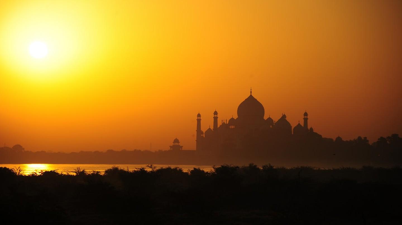 Taj Mahal, Agra © Gerard McGovern   Flickr