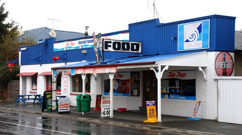 Waiau Dairy, Canterbury, New Zealand, 2007   © Phillip Capper/Flickr