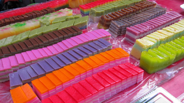 Colourful Nonya Kueh | © Yun Huang Yong/ Flickr