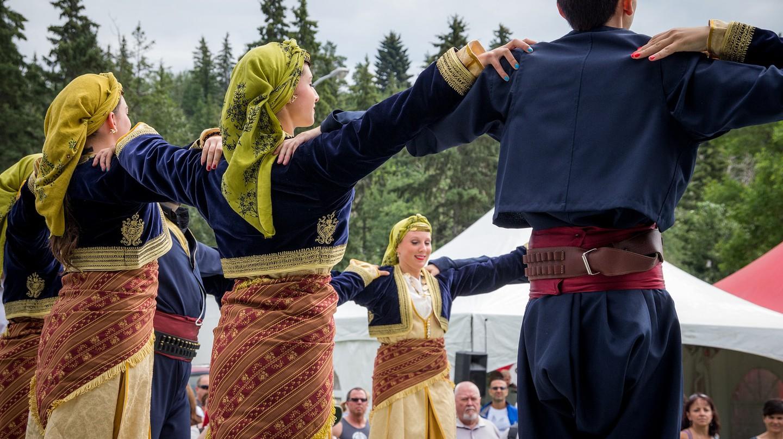 Traditional Greek Dance Performance│© Kurt Bauschardt / Flickr