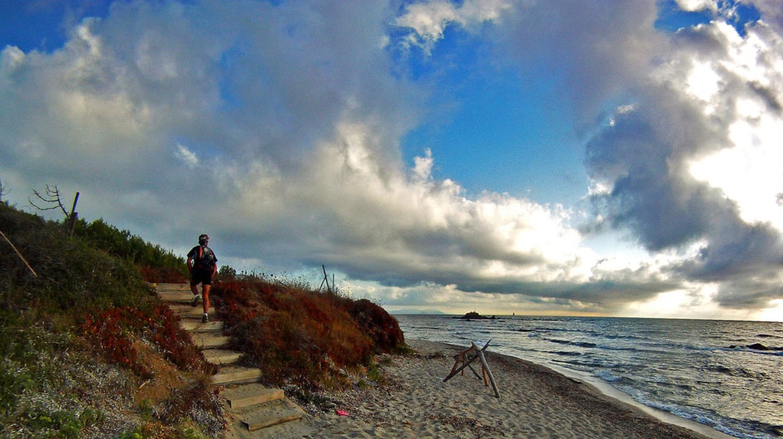 Take a run along the coast in St Tropez | © akunamatata/Flickr