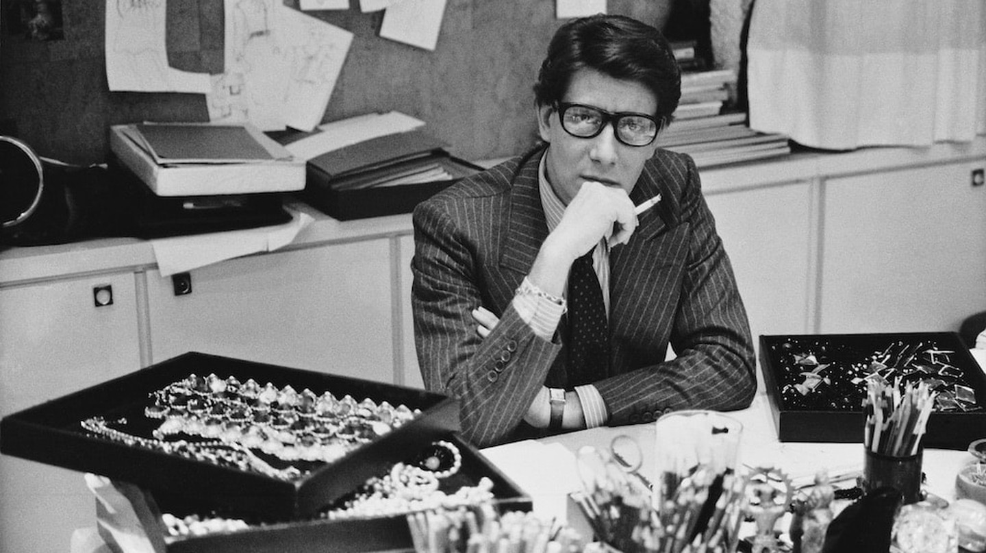Yves Saint Laurent in his studio | © Musée Saint Laurent