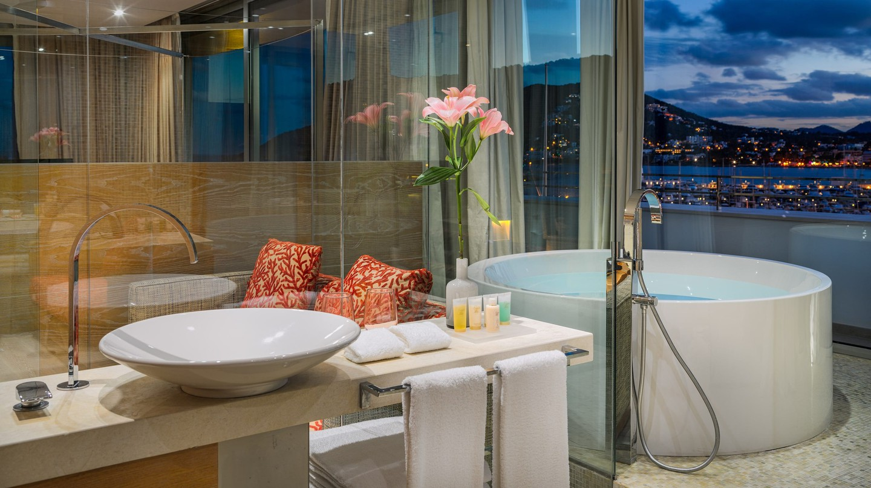 Cloud 9 Corner Suite | Courtesy of Hotel Aguas de Ibiza