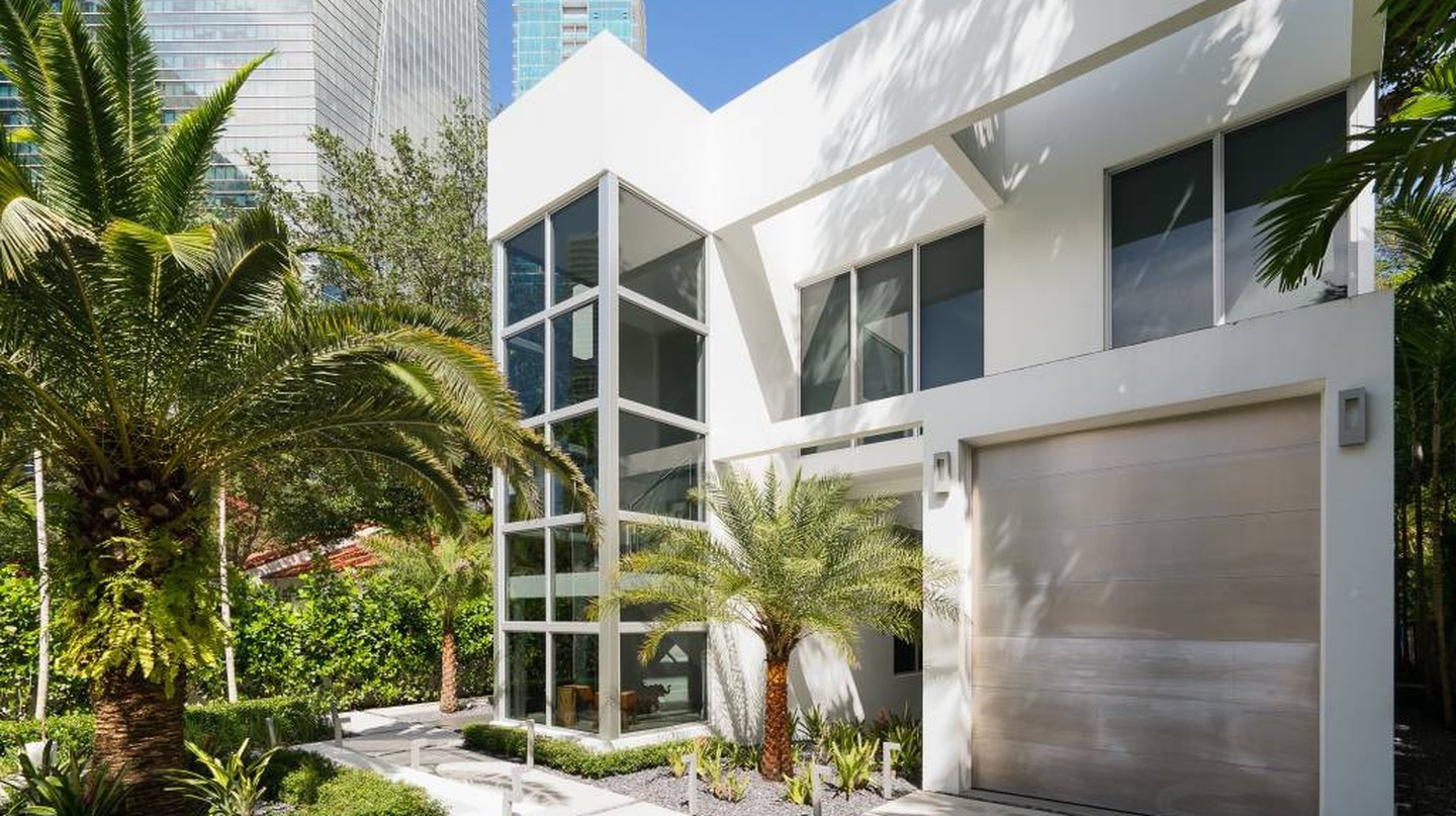 From Treehouse to Penthouse: 8 of the Best Airbnbs in Miami