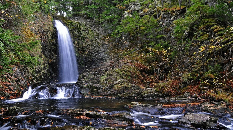 Butcher Mill Falls | © Dennis Jarvis/Flickr