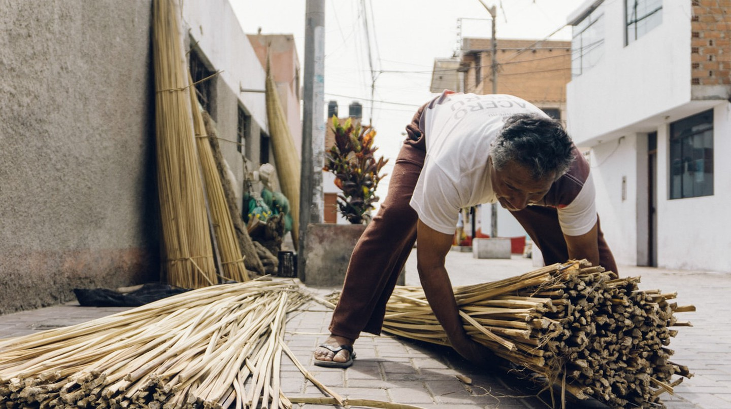 Caballitos de Totora: What to Know About the 3,000-Year-Old Tradition Dying on the Shores of Huanchaco, Peru