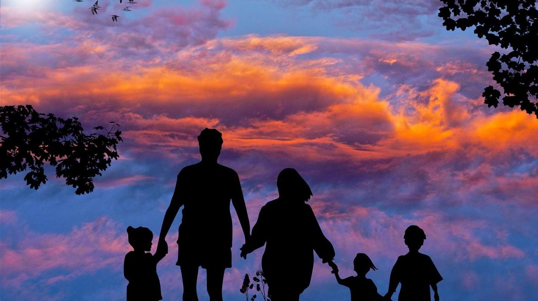 Family | © kalhh / Pixabay