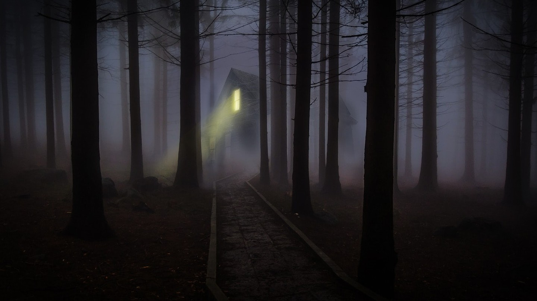 Enjoy some spooky vibes © Pixabay