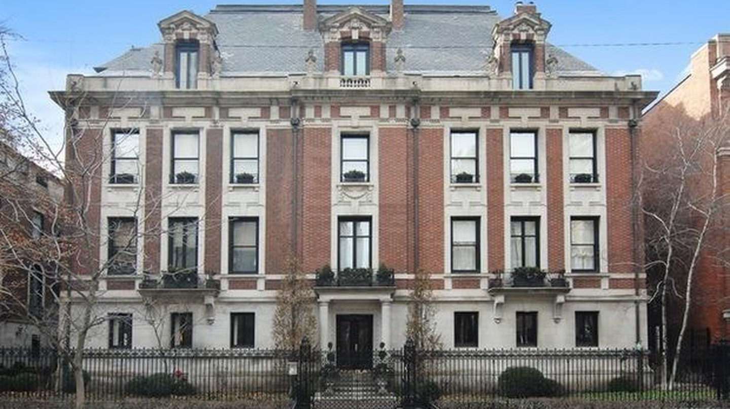 10 Things You Need to Know About the Original Playboy Mansion in Chicago