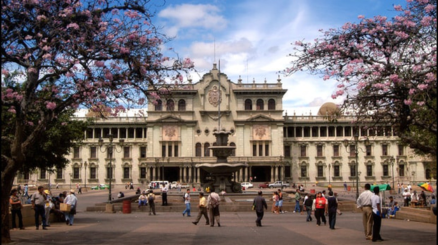 Guatemala City National Palace © Wikimedia Commons