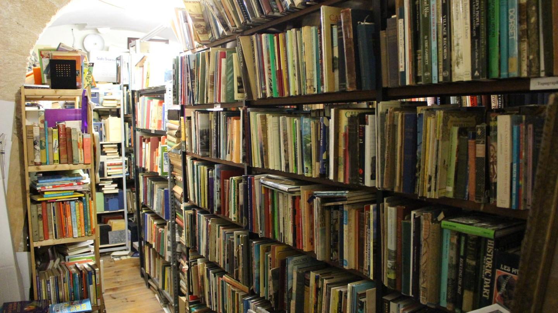 Fine Books' bookshelves © Leon Beckenham