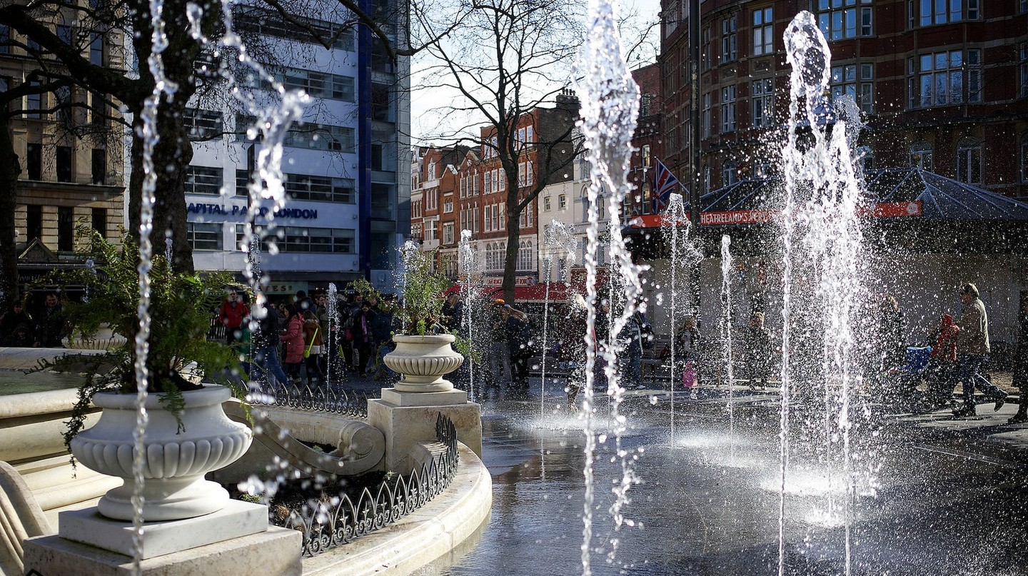 Leicester Square | © Paul Hudson/Flickr