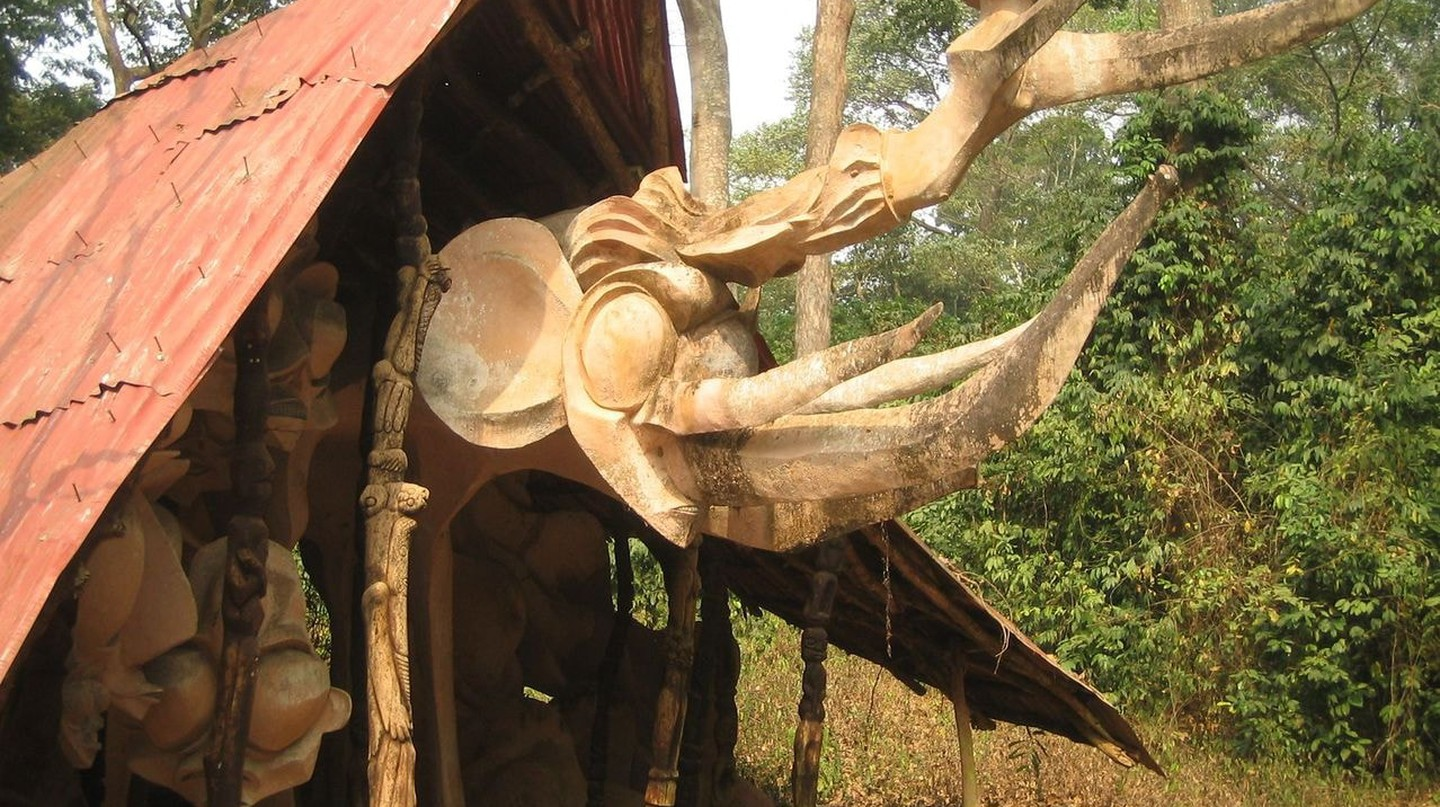 A shrine at the Osun Grove |Courtesy of The Nigerian Field Society