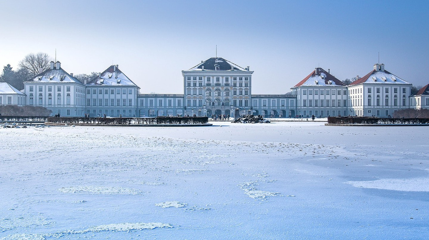 Nymphenburg palace in Winter |  © designerpoint / Pixabay