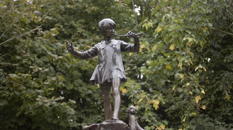 Peter Pan Statue © Peter Roberts
