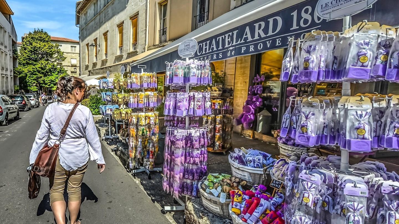 Provence shop, France | Kirkandmimi/Pixabay