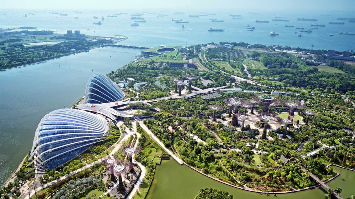 Gardens by the Bay, Singapore   © r.nagy/Shutterstock
