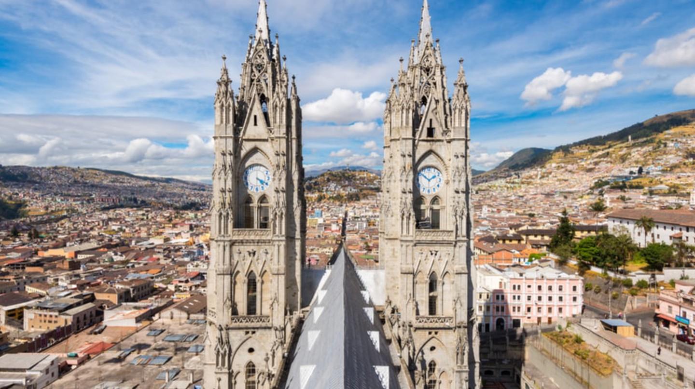 Twin steeples of the Basilica del Voto Nacional, Quito, Ecuador | © Noradoa/Shutterstock
