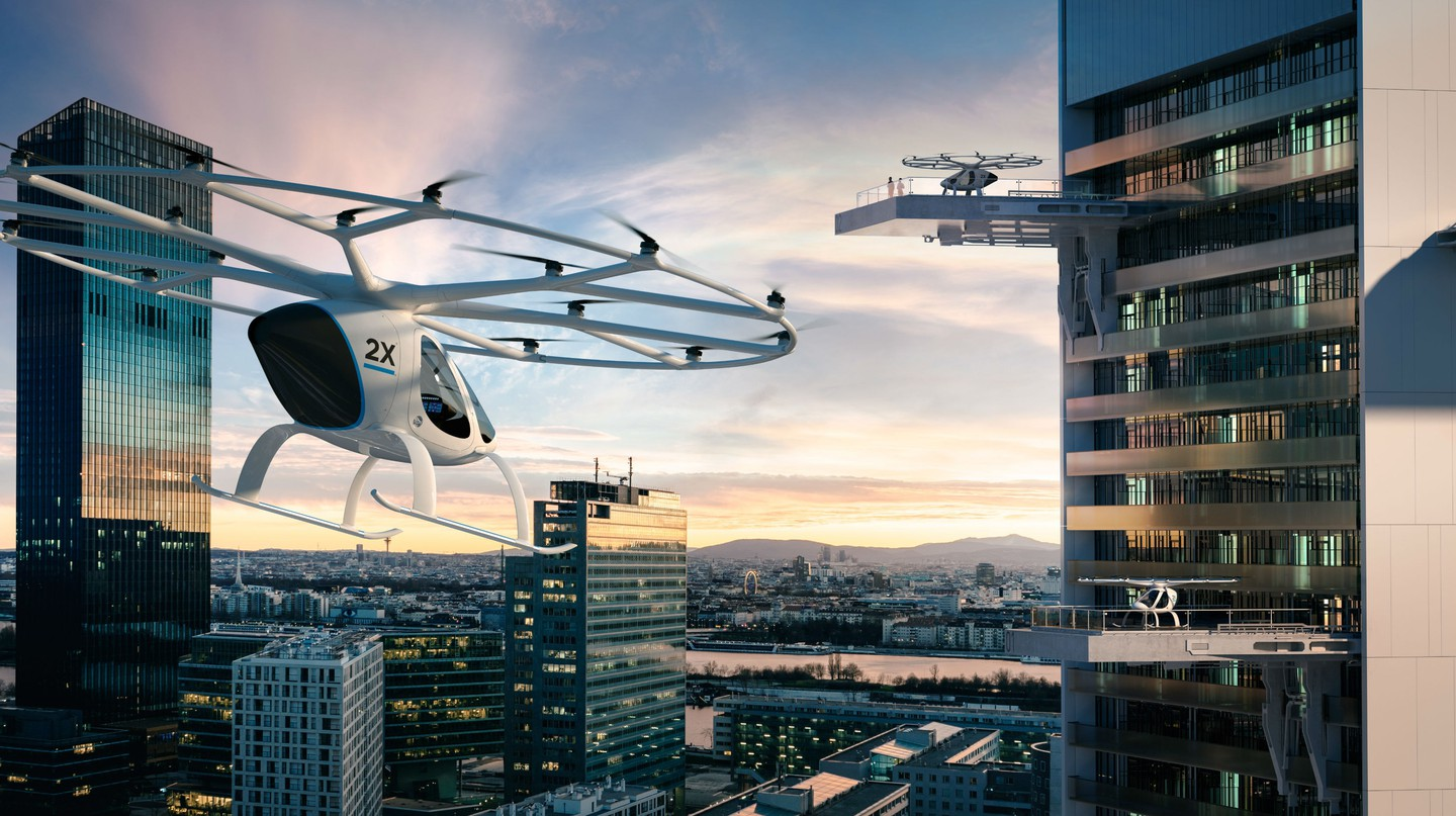 A concept of the Volocopter in use in an inner city | © Volocopter