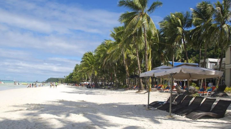 White Beach Boracay | © Valerie Caulin