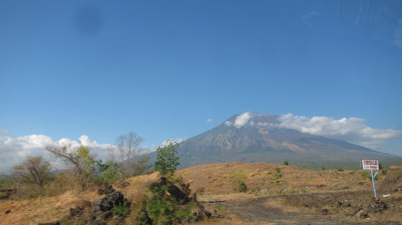 Mount Agung, Bali | © jeff~/Flickr