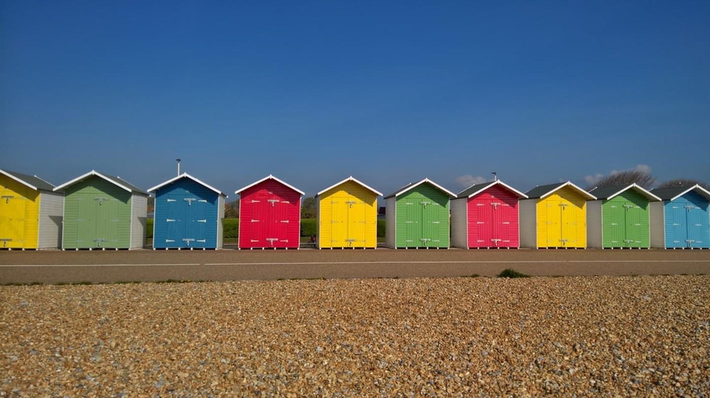 Eastbourne beach huts | © Shutterstock