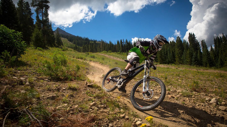 Mountain biking in Colorado | © Zach Dischner / Flickr