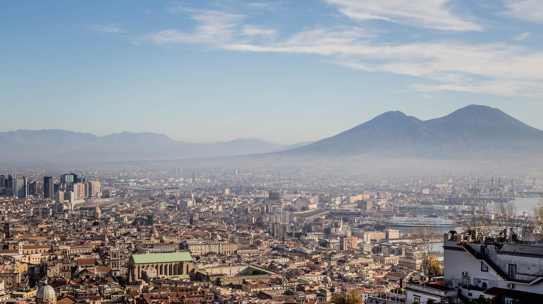 Naples skyline | © N i c o l a/Flickr